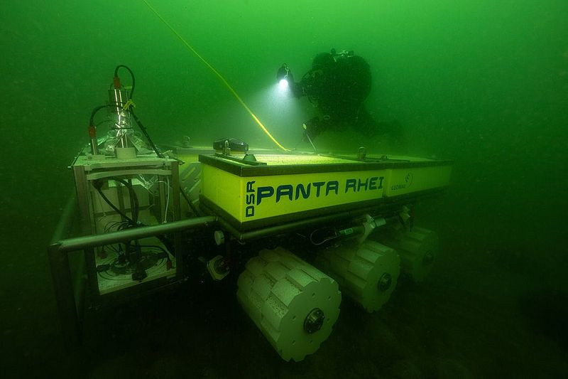 The new deep-sea rover PANTA RHEI during its first sea trials in the Baltic Sea. Photo: Florian Huber